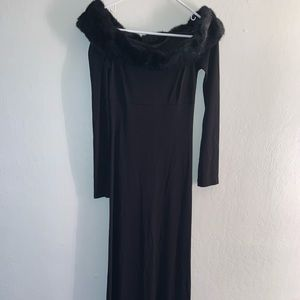 BCBG maxazria - OFF-THE-SHOULDER LONG SLEEVE GOWN